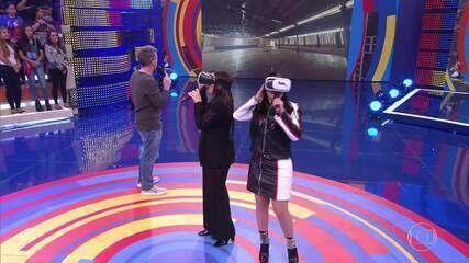 Maiara e Maraisa visitam o primeiro palco delas em realidade virtual