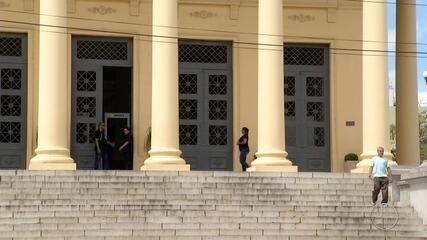 Câmara de Campos, RJ, tem mais porteiros do que vereadores