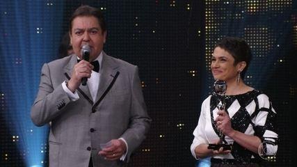 Sandra Annenberg é a vencedora na categoria 'Jornalismo'