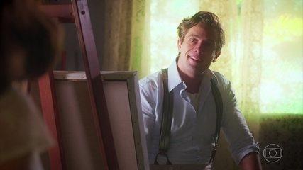 Danilo (Rafael Cardoso) se prepara para pintar um quadro de Julia (Vitória Strada) quando ela se despe, em 'Espelho da Vida'