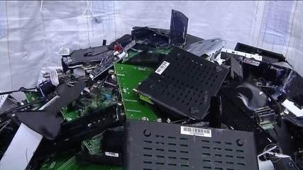 Receita Federal destruiu 4 mil decodificadores piratas de tv por assinatura.