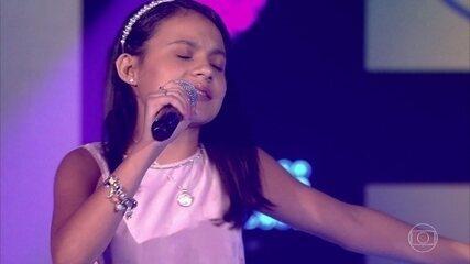 Duda Soares canta 'Final Feliz