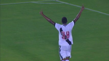 Gol do Vasco! Marrony pega sobra na área e amplia, aos 25 do 2º tempo