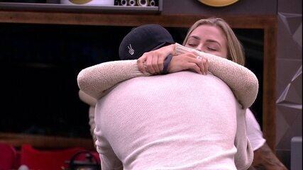 Maycon revela pedido a Isabella: 'Ganhar o Big Brother e casar com você'