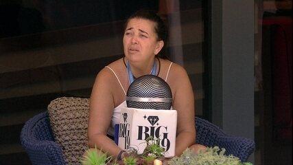 Tereza fala sobre o clima durante Castigo do Monstro: 'Big sol'