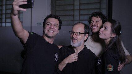Monica Iozzi e José Loreto fazem participação especial em 'Carcereiros'