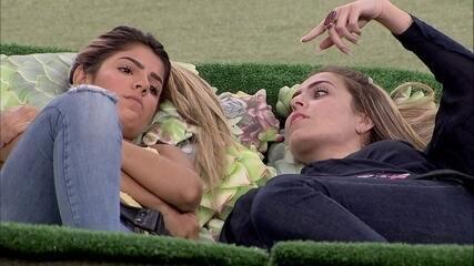 Paula comenta com Hariany: 'Não confio no Maycon nem um pouco'