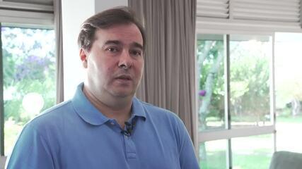 Maia diz que Bolsonaro não é mais deputado e deve 'comandar' solução para o caso Bebianno