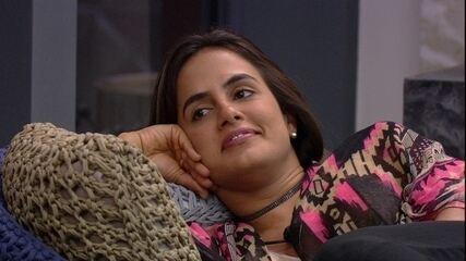 Isabella não quer ver Carolina no Paredão: 'Sou capaz de ir de novo'