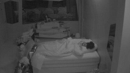 Brothers dormem após a formação de novo Paredão triplo