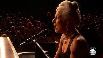 """Lady Gaga e Bradley Cooper cantam """"Shallow"""" no Oscar 2019"""