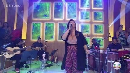 Fátima Bernardes samba ao som de Maria Rita