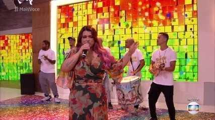 Preta Gil canta 'Excesso de Gostosura'