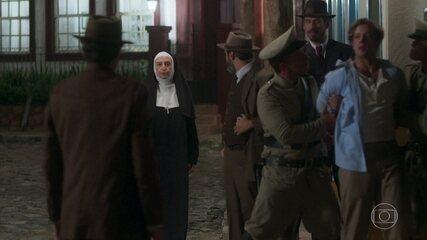 Madre Joana tenta impedir a transferência de Danilo