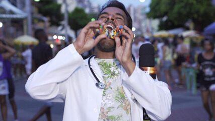 Pablo Vasconcelos investiga as viroses, infecções que são muito comuns no pós-carnaval