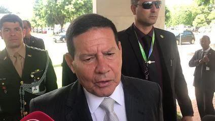 Mourão comenta massacre em escola de Suzano