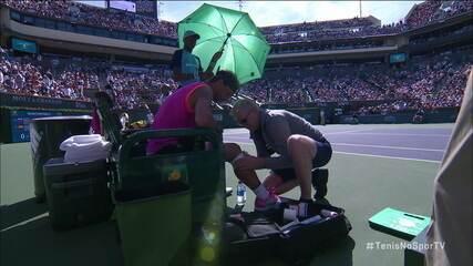 Rafael Nadal sente o joelho e pede atendimento médico
