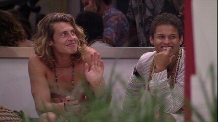 Após pegadinha, Alberto diz sobre brothers: 'Atores'