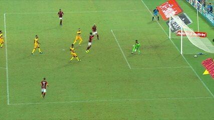 Central do Apito: Sandro Meira Ricci diz que gol do Flamengo foi irregular