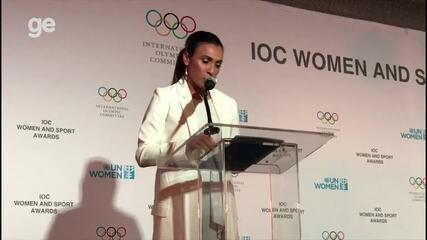Marta rouba a cena em discurso da ONU, faz o público chorar e aplaudir.