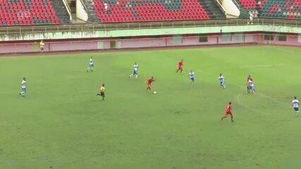 Anderson arrisca de fora da área e marca golaço na semifinal contra o Atlético-AC