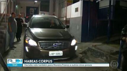Ex-ministro e ex-governador Moreira Franco também deixa prisão no Rio de Janeiro