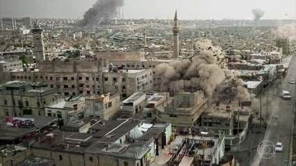 A casa de Elias é bombardeada por helicópteros