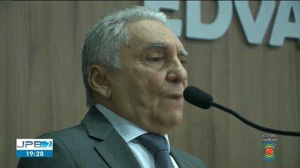 Prefeito interino de Patos renunciou ao cargo