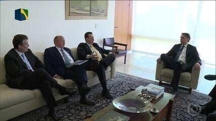 Bolsonaro se reúne com líderes de partidos para articular Previdência