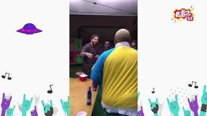 Post Malone e Kevin O Chris se encontram nos bastidores antes de show no Lollapalooza