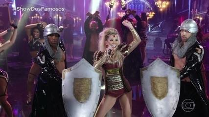 Danielle Winits entrou no palco com uma homenagem a Valesca Popozuda no Show dos Famosos