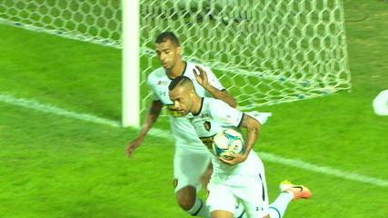 Gol do Sport! Guilherme cobra pênalti e empata o jogo, aos 45' do 2º tempo