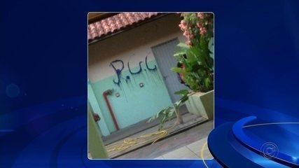 Cinco adolescentes são detidos suspeitos de atear fogo em sala de escola de Castilho
