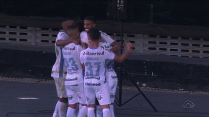Grêmio vence a primeira fora de casa contra o Botafogo