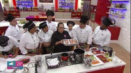 Participantes do 'Super Chef' têm workshop de caldos