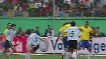 Galvão Bueno relembra marcante Brasil e Argentina na Copa América de 2004