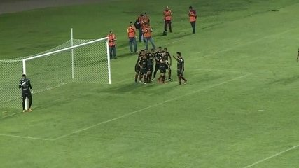 E o gol do empate em Maceió