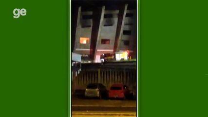 Incêndio atinge área do estádio Albertão