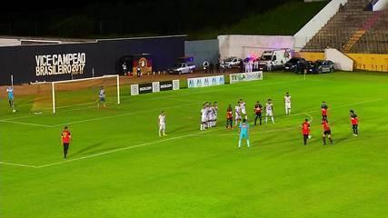 Veja os gols de falta marcados por Negueba, do Globo FC, na Série C
