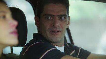 25/7 - Teaser 'Malhação - Toda Forma de Amar': Marco curte saber que Carla sentiu ciúmes