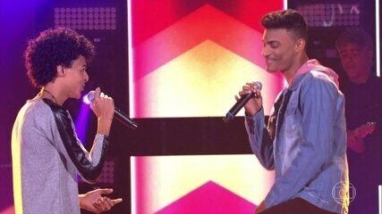 "Ramon e Rafael cantam ""Péssimo Negócio"""