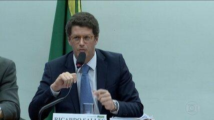 Ministro Ricardo Salles afirma que números do desmatamento são sensacionalistas