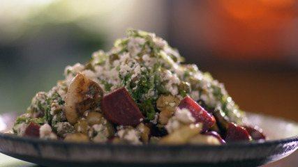 Salada de batata com beterraba