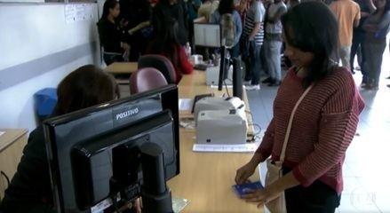 3,3 milhões de desempregados procuram trabalho há pelo menos 2 anos, aponta IBGE