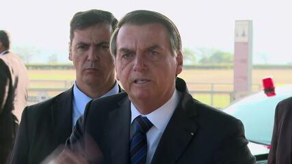 Bolsonaro volta a acusar ONGs e governadores dos estados da Amazônia sobre queimadas