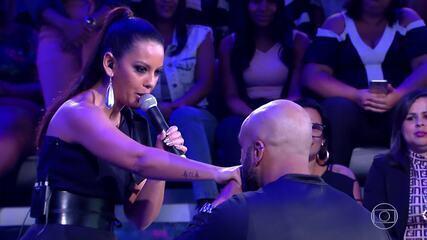 Luna LaBelle canta no 'Caldeirão' e Luciano surpreende o marido da cantora