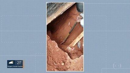 Polícia descobre túnel feito por ladrões para furtar duto da Petrobras