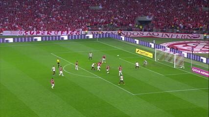 Melhores momentos de Internacional 1 x 1 Flamengo pelas quartas-de-final da Libertadores