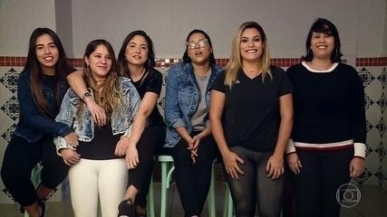 Agatha Moreira recebe mensagem das colegas de escola