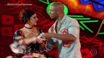 Fernanda Abreu dança com Igor Maximiliano